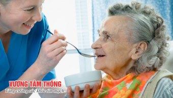Chế độ ăn khoa học là điều cần thiết trong chiến lược chăm sóc bệnh nhân suy tim